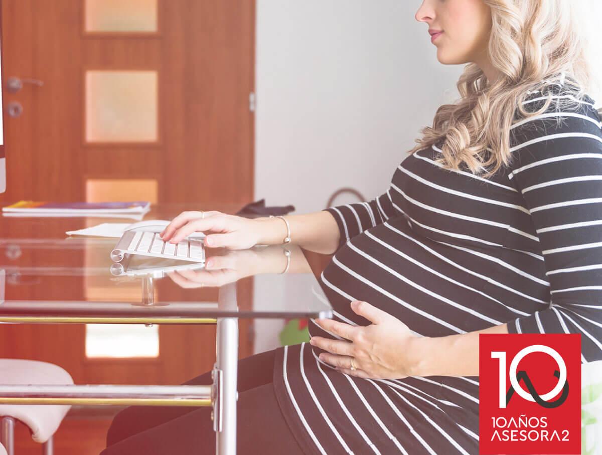Cómo reclamar el IRPF maternidad